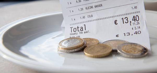 Los autónomos se deducirán 26,67 euros diarios de dietas